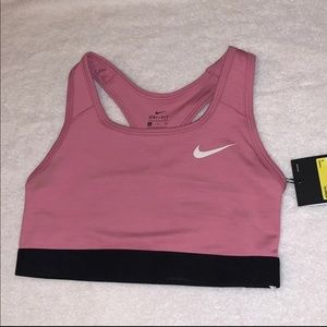 NWT! Nike pro sports bra size small